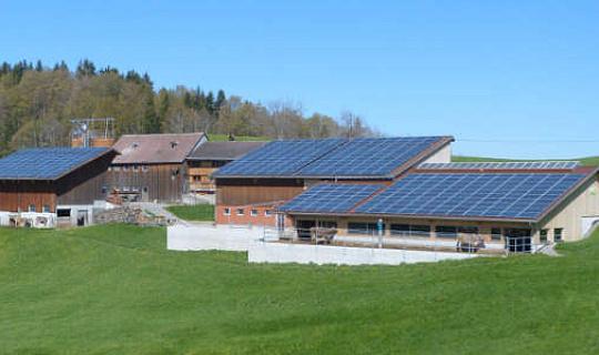 هذه مخازن المياه القائمة على الطاقة الخضراء للطاقة في وقت لاحق