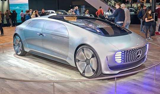 السيارات سوف تتغير أكثر في العقد المقبل مما كانت عليه في القرن الماضي