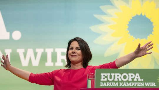 Hur Tysklands gröna parti tog sig längst till höger om att bli en stor politisk styrka