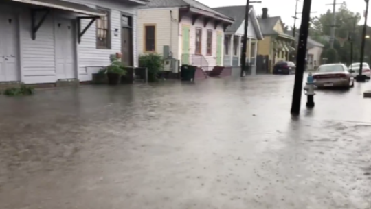 Days Before Hurricane Expected to Hit New Orleans, City Endures 10 Inches of Rain as Mississippi River Swells