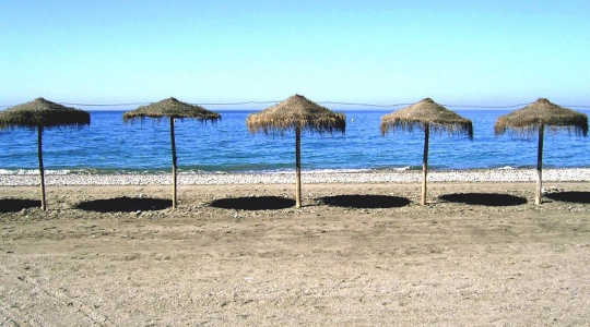 Temperatures could be too hot to handle on Mediterranean beaches. Image: Anne Ruthmann via Flickr
