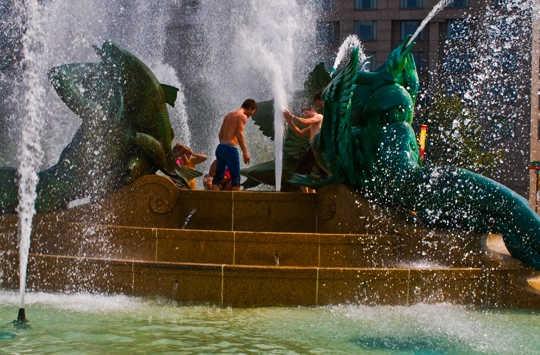 Temperatuur en water koste styg albei in Amerikaanse stede soos Philadelphia. Beeld: Evan via Flickr