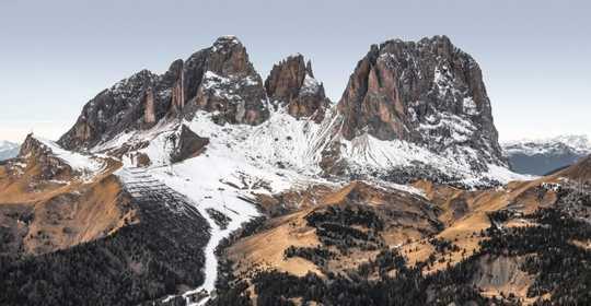 Gletsers se globale smelt kan die Alpe kaal verlaat