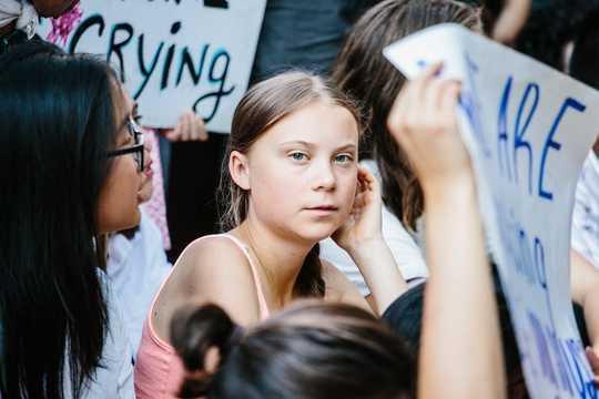 Miért kellene a vállalatoknak hagyni munkavállalóikat az éghajlati sztrájkhoz