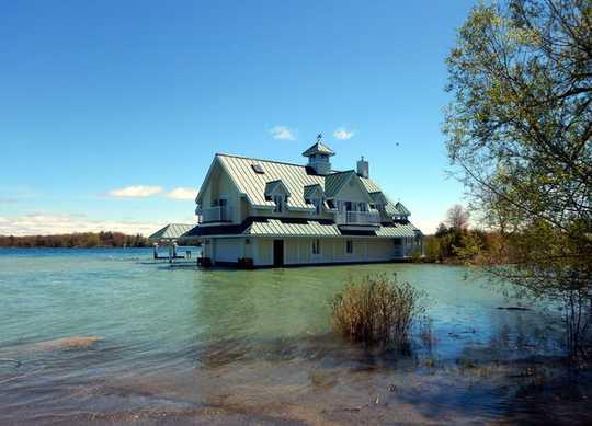 Groot oorstromings: die waarskuwingstekens dat huise verskuif moet word