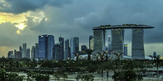 Các thành phố như Singapore sẽ trở nên nóng hơn. (liệu các vùng nhiệt đới cuối cùng sẽ không thể ở được)