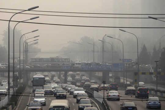 Jalan rusak di Cina
