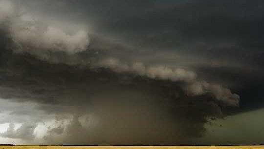¿Qué es un derecho? Un científico atmosférico explica estos sistemas de tormentas raros pero peligrosos