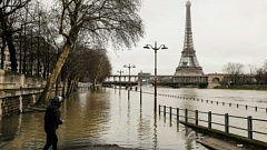Other Cities Ignore Paris Floods At Their Own Peril
