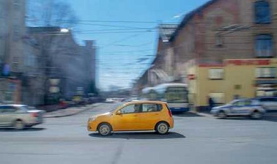 بينما أصبحت السيارات بلا سائق بشكل متزايد ، يبحث الناس بالفعل عن تجارب قيادة تماثلية