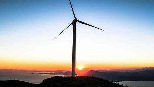 米国のグリーン経済成長は化石燃料産業に対するドナルド・トランプの最高の希望