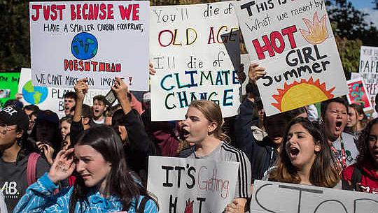 テクノロジー以外に気候変動から私たちを救うものは何ですか?