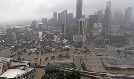 كيف ستؤثر سنوات نمو 20 في هيوستن على الفيضان؟