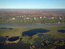 ذوبان التربة الصقيعية يثير آلاف الانهيارات الأرضية عبر القطب الشمالي