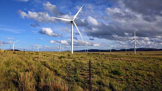 کیوں جنوبی افریقہ قابل تجدید کرنے کے لئے ایک بڑے پیمانے پر تیار نہیں کر سکتے ہیں