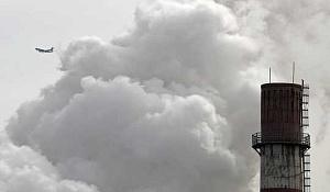 Kína az éghajlatváltozás irányába áll, mivel az Egyesült Államok visszahúzza politikáját