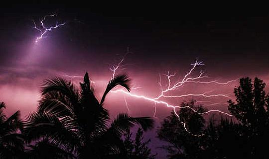 热带雷暴如何威胁南极洲西部