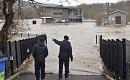 自然洪水管理は英国の冬季の大洪水に圧倒される