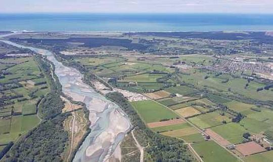 Verschmutzt, entwässert und austrocknend: Neue Warnungen an Neuseelands Flüssen und Seen