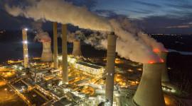 尽管特朗普拥抱煤炭,为什么国家正在推进清洁能源