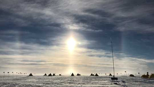 Klimaatwetenskaplikes verken die versteekte oseaan onder die grootste ys rak van Antarktika