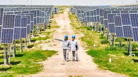Wat die wêreld kan leer uit oorgange vir skoon energie in Indië, China en Brasilië