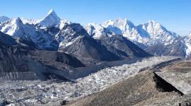 Dua pertiga Ais Glasier Di Himalaya Bisa Hilang Menjelang 2100